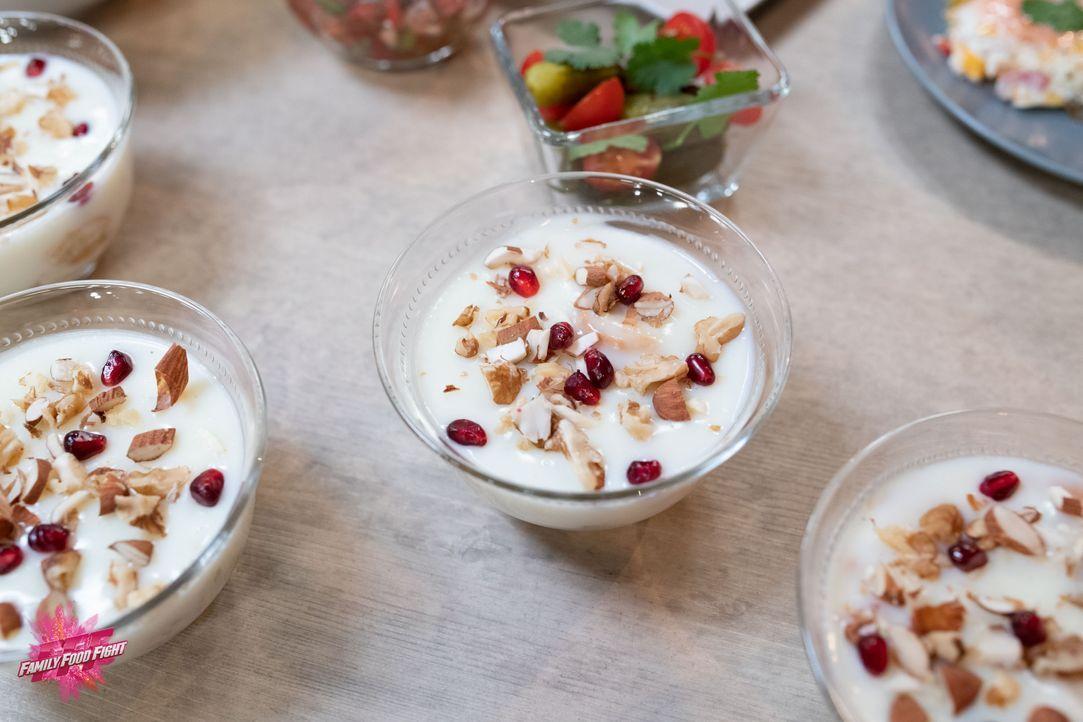 Ferni (Dessert) - Bildquelle: Stefanie Chareonbood