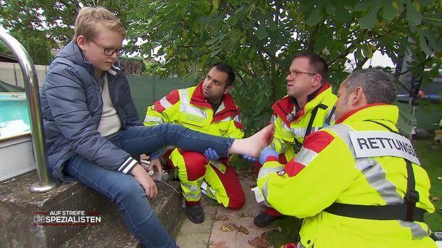 Auf Streife - Die Spezialisten - Auf Streife - Die Spezialisten - Wühlmausfalle Verletzt Jungen