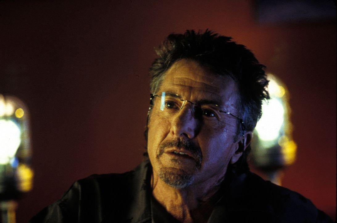 Winston King (Dustin Hoffman) ist ein eiskalter Gangsterboss, dem sich niemand in den Weg stellen sollte ... - Bildquelle: Lions Gate Films Inc.