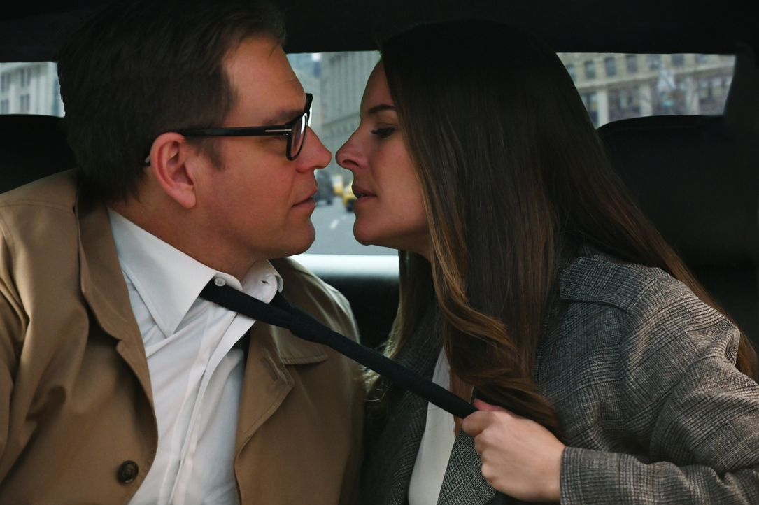 Dr. Jason Bull (Michael Weatherly, l.); Isabella Colón (Yara Martinez, r.) - Bildquelle: Phil Caruso 2019 CBS Broadcasting, Inc. All Rights Reserved. / Phil Caruso