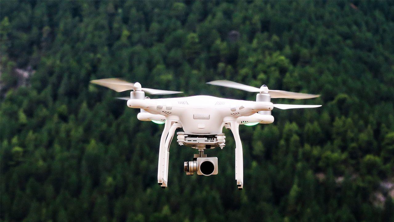 Folge 2_Drohne