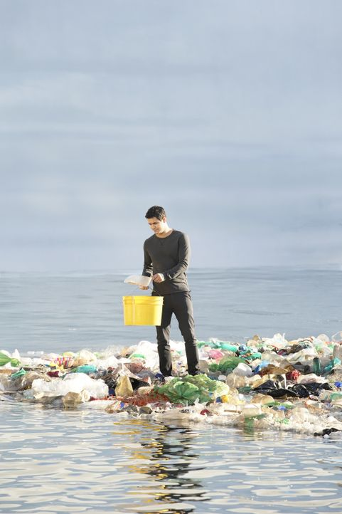 Nachdem Team Scorpion ein Mittel gegen das Müllproblem im Pazifik entwickelt hat, wollen sie Plastik mit gefährlichen Chemikalien aufhalten, bevor e... - Bildquelle: Erik Voake 2017 CBS Broadcasting, Inc. All Rights Reserved.