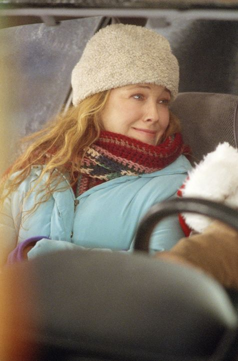 Findet die Idee, Drew Latham über Weihnachten zu adoptieren und dabei noch Geld zu erhalten, sehr toll: Christine Valco (Catherine O'Hara) ... - Bildquelle: Telepool GmbH