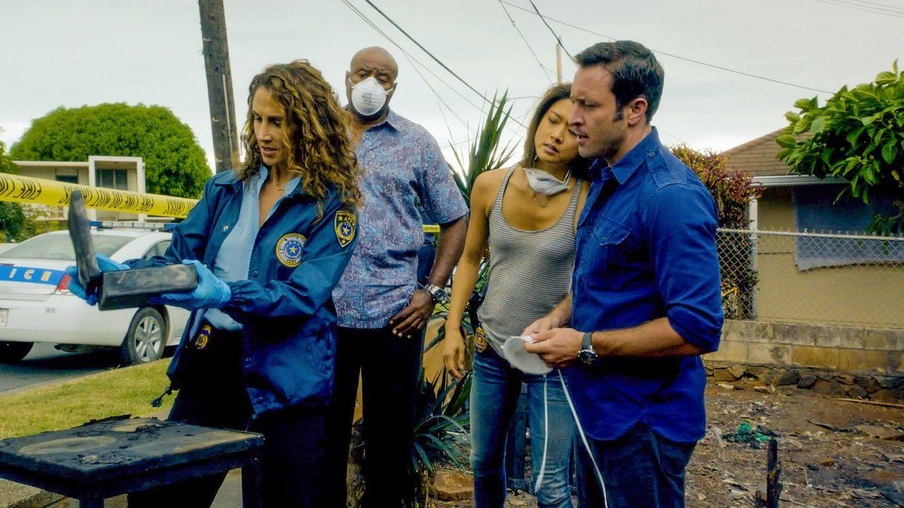 Als ein sadistischer Brandstifter auf Hawaii sein Unwesen treibt, bekommen Steve (Alex O'Loughlin, r.), Grover (Chi McBride, 2.v.l.) und Kono (Grace... - Bildquelle: 2014 CBS Broadcasting Inc. All Rights Reserved.