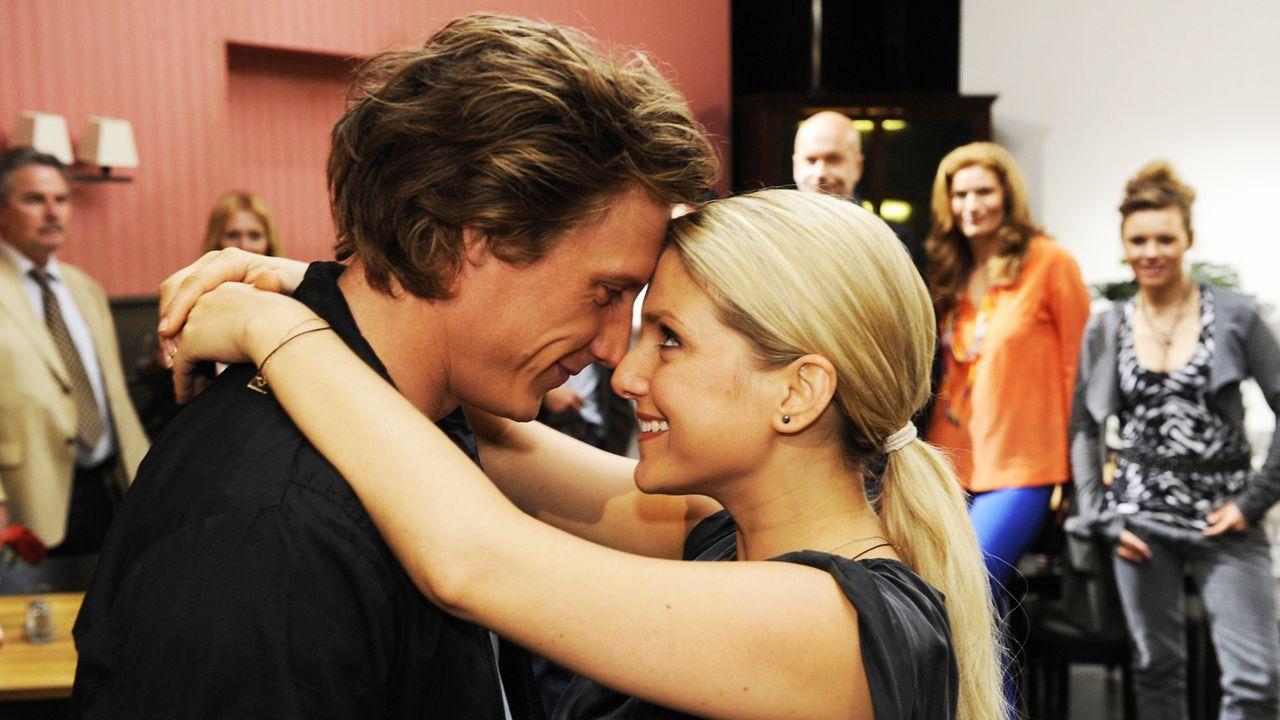 Anna-und-die-Liebe-Folge-775-01-Sat1-Claudius-Pflug - Bildquelle: SAT.1/Claudius Pflug
