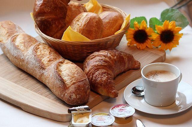 Wenn es beim Frühstücken mal hektisch wird, können schnell Flecken entstehen...