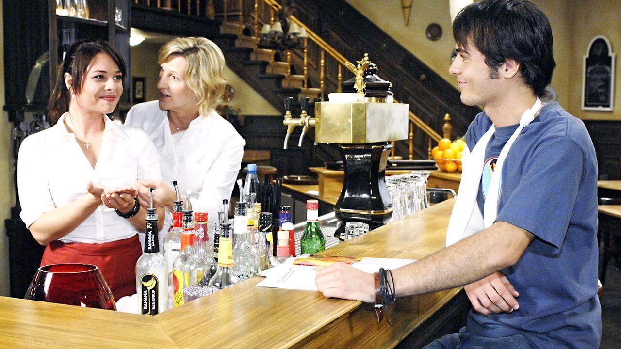 Anna-und-die-Liebe-Folge-16-Oliver-Ziebe-Sat.1-01 - Bildquelle: Sat.1/Oliver Ziebe
