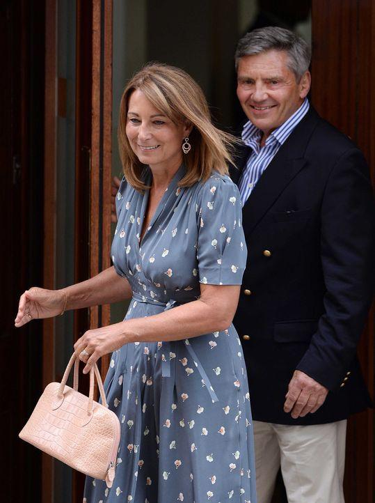 Kates Eltern besuchten ihren kleinen Enkel - Bildquelle: dpa, Verwendung nur in Deutschland
