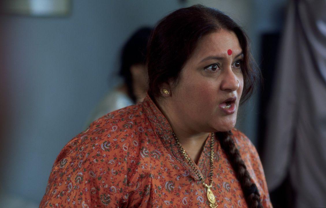 Mrs. Bakshi (Nadira Babbar) hat es nicht leicht als Mutter von vier unverheirateten Töchtern im indischen Örtchen Amritsar. Nichts wünscht sie sich... - Bildquelle: Miramax Films