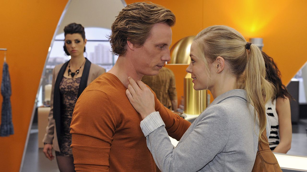 Anna-und-die-Liebe-Folge-766-02-Sat1-Claudius-Pflug - Bildquelle: SAT.1/Claudius Pflug