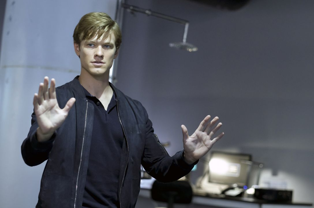 Angus MacGyver (Lucas Till) - Bildquelle: Mark Hill 2020 CBS Broadcasting, Inc. All Rights Reserved / Mark Hill