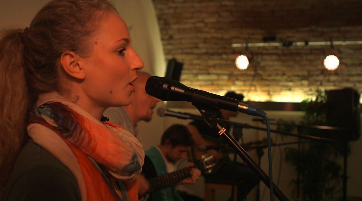 Linda Antoina Heue - Auftritt in der Heimat in Bad To¦êlz
