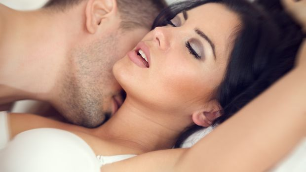 Erotik_2015_07_29_beschnittene Männer_Bild 2_fotolia_Igor Mojzes