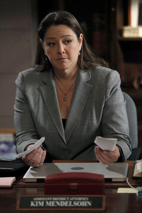 Mit ihr ist nicht zu spaßen: Staatsanwältin Kim Mendelsohn (Camryn Manheim) ... - Bildquelle: Warner Bros. Television