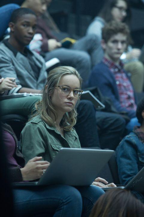 Die clevere Studentin Amy (Brie Larson) verliebt sich in ihren Professor Bennett, nichtsahnend welche tiefen Abgründe sich hinter seiner Fassade ver... - Bildquelle: Claire Folger 2016 Paramount Pictures / Claire Folger