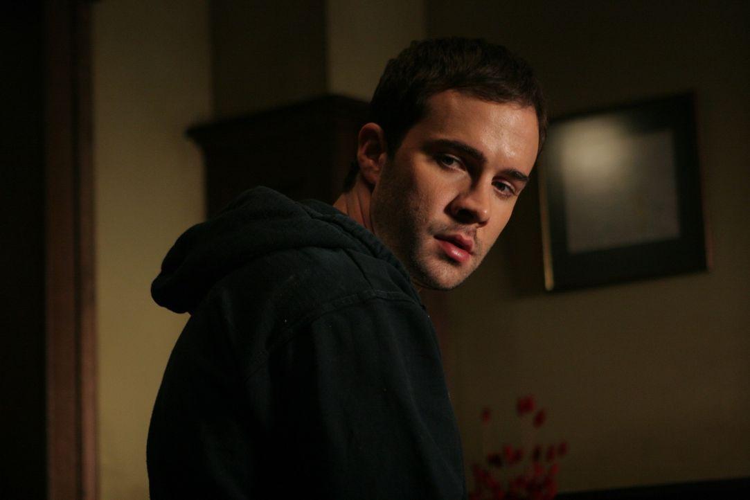 Dem psychisch angeschlagenen Max (Gil McKinney) wird ein Mieter zum Verhängnis ... - Bildquelle: Constantin Film Verleih