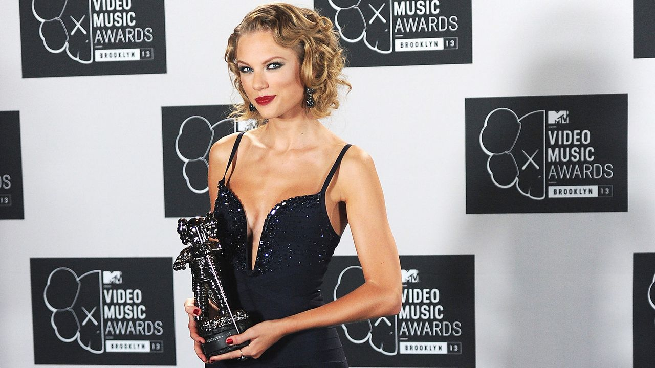 MTV-Music-Video-Awards-Taylor-Swift-130825-getty-AFP - Bildquelle: getty-AFP