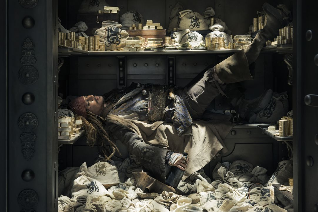 Captain Jack Sparrow (Johnny Depp) - Bildquelle: Peter Mountain Disney Enterprises, Inc. All Rights Reserved. / Peter Mountain