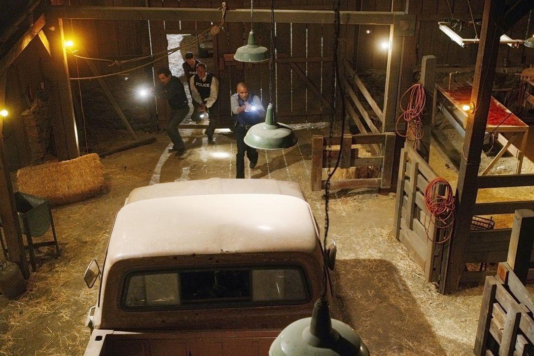 Das Team hat den Tatort gefunden, doch vom Täter ist weit und breit keine Spur. Jetzt beginnt ein Wettlauf mit der Zeit für Officer Jeff Bedwell (... - Bildquelle: Touchstone Television