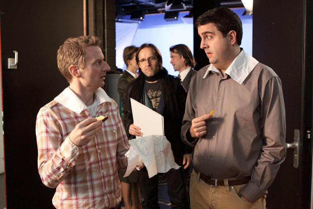 Chaos vorprogrammiert: Bastian Pastewka (Bastian Pastewka, r.) und Michael Kessler, l. ... - Bildquelle: Sat.1