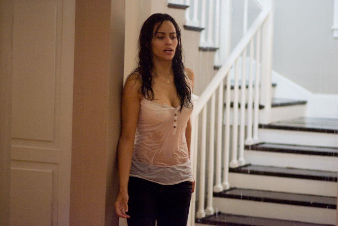 Erst viel zu spät erkennt Amy (Paula Patton), dass sie sich im Zentrum einer kolossal bösen Macht befindet ... - Bildquelle: 2007 Regency Enterprises, New Regency Pictures