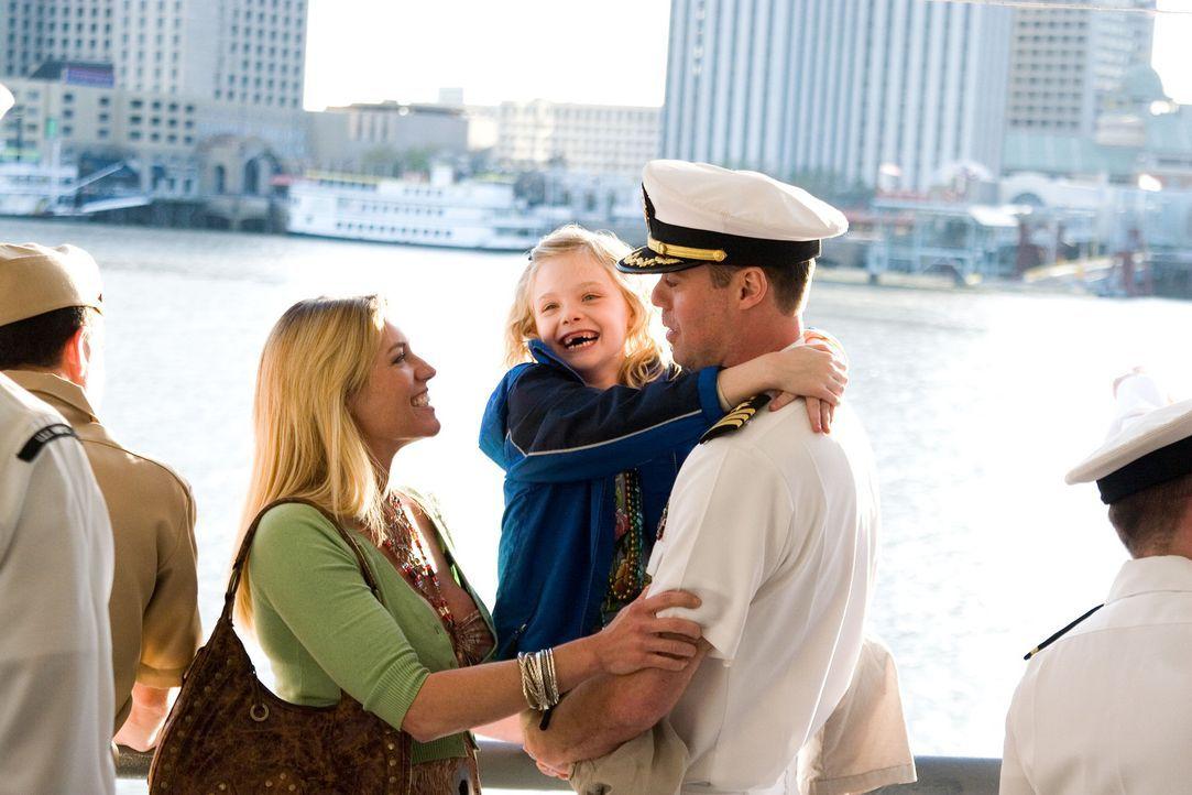 Eine Fähre voll mit Marinesoldaten wird während des Mardi Gras in New Orleans in die Luft gesprengt. Für Agent Doug Carlin wird schon bald deutli... - Bildquelle: Disney. All Rights reserved.