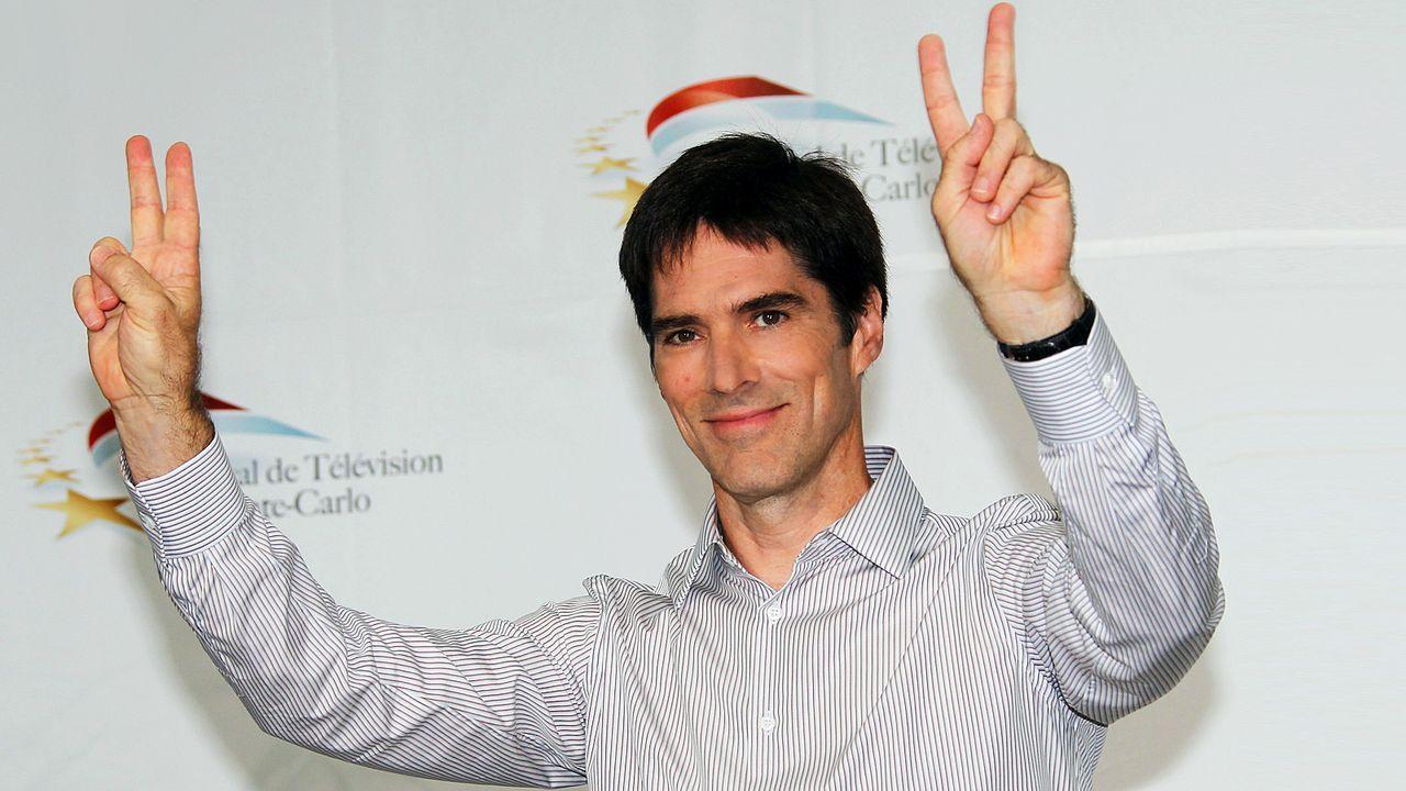 thomas-gibson-11-06-08-fingerzeichen-AFP - Bildquelle: AFP