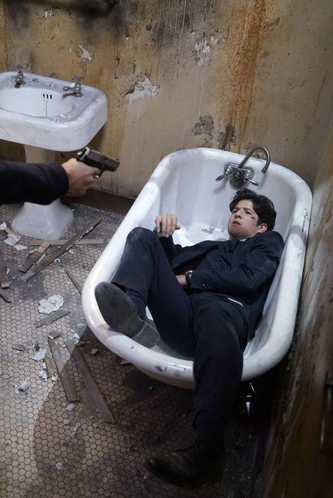 Bei den Ermittlungen in einem neuen Fall gerät Lee (Jon Foo) in große Gefahr ... - Bildquelle: Warner Brothers
