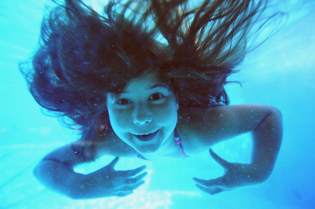 schwimmbad-11-06-27-dpa - Bildquelle: dpa