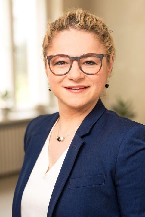 Erklärt, warum das Verständnis füreinander gefördert wird, wenn Menschen sich länger in die Augenschauen: Psychotherapeutin Dr. Sandra Köhldorfer ..... - Bildquelle: Christoph Assmann SAT.1