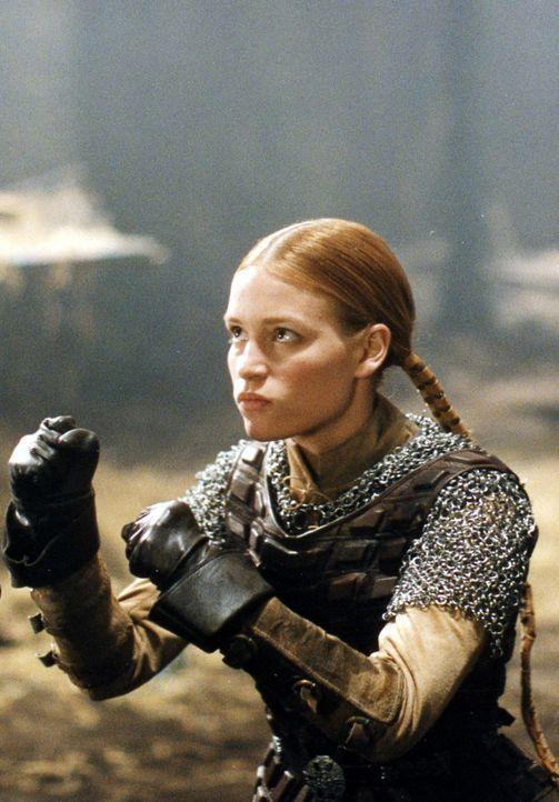 Obwohl Prinzessin Lunna (Piper Perabo) von einem Drachen entführt wurde, hütet sie dessen Mitbringsel wie ihren Augapfel ... - Bildquelle: ApolloMedia