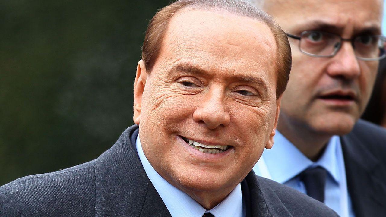 Silvio-Berlusconi-12-03-01-dpa - Bildquelle: dpa
