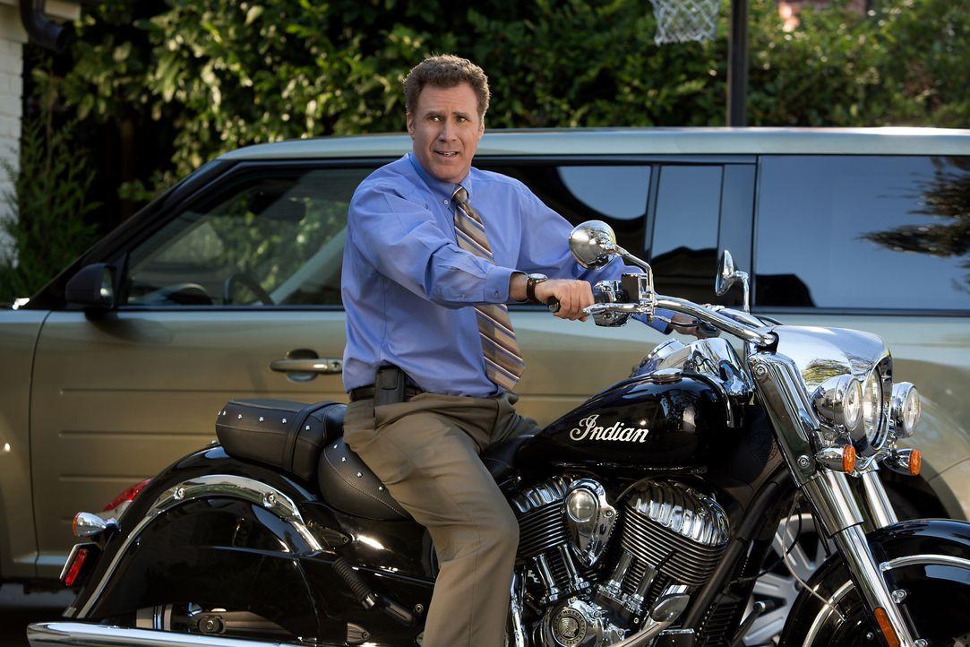 Als der coole, draufgängerische Dusty bei ihnen auftaucht, versucht auch Brad (Will Ferrell) alles, um bei seiner Frau und seinen Stiefkindern ebenf... - Bildquelle: (2017) Paramount Pictures.