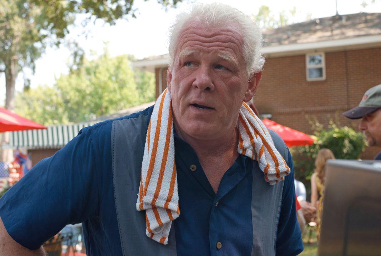 Weshalb will Hurley (Nick Nolte) seinem Schwiegersohn Parker helfen, den Vergnügungspark zu überfallen? - Bildquelle: Jack English 2013 Constantin Film Verleih GmbH / Jack English