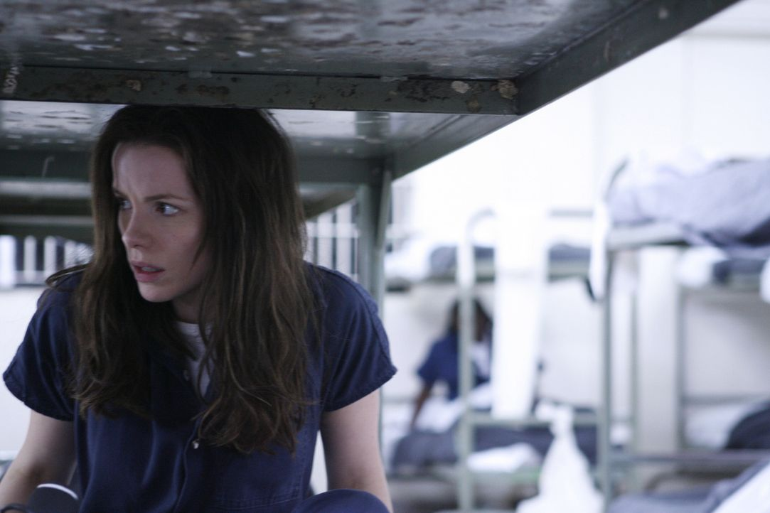Nachdem die Reporterin Rachel Armstrong (Kate Beckinsale) die Identität einer CIA-Agentin verrät, wird sie verhaftet weil sie ihre Quelle nicht pr... - Bildquelle: 2008 Nothing but the Truth Productions, LLC.