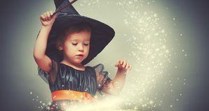 Selbst ohne Hakennase wird Ihr Mädchen zur bezaubernden Hexe. Eine tolle Idee...