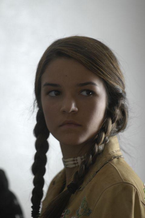 Sie führt ein Leben in Unterdrückung: das kleine Indianermädchen (Sophia Ali) setzt alle Hoffnung in Ryder ... - Bildquelle: 2008 CPT Holdings, Inc. All Rights Reserved. (Sony Pictures Television International)