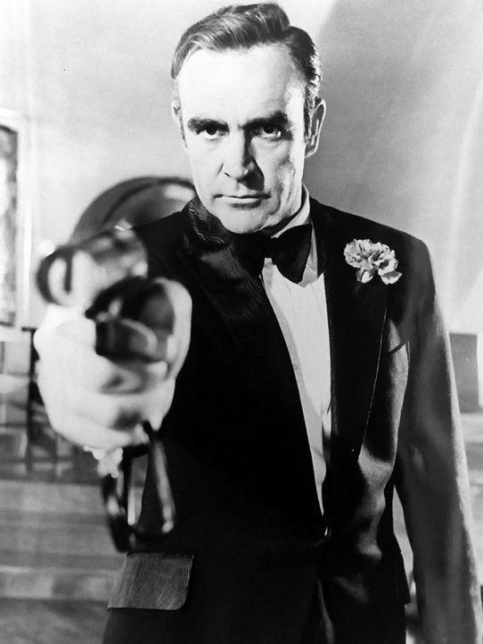 James-Bond-04-dpa - Bildquelle: dpa