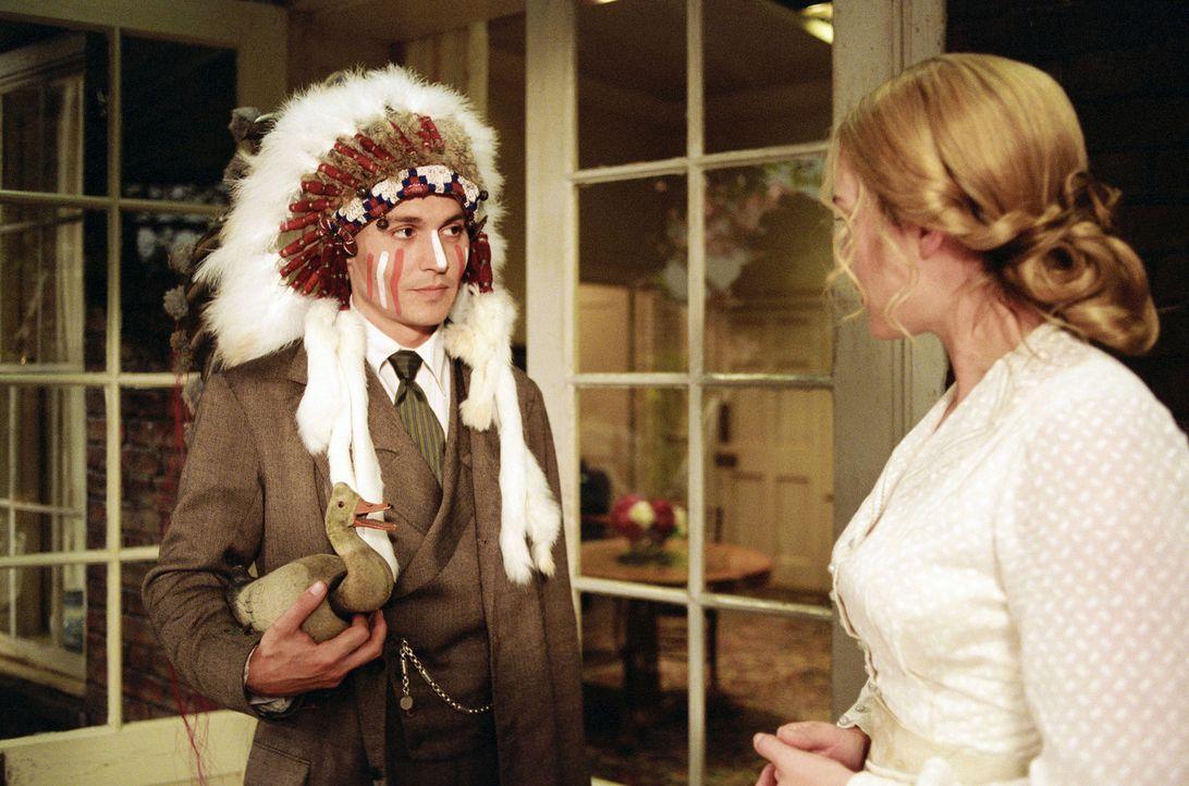 Barrie (Johnny Depp, l.) verbringt viel Zeit mit Sylivia (Kate Winslet, r.) und ihren Kindern. Er erfreut sich mit ihnen an immer neuen Geschichten,... - Bildquelle: Miramax Films. All rights reserved