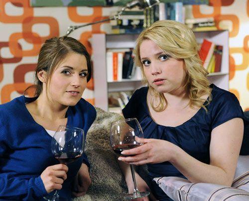 Frauengespräche: Bea und Miriam ... - Bildquelle: David Assmann - Sat1