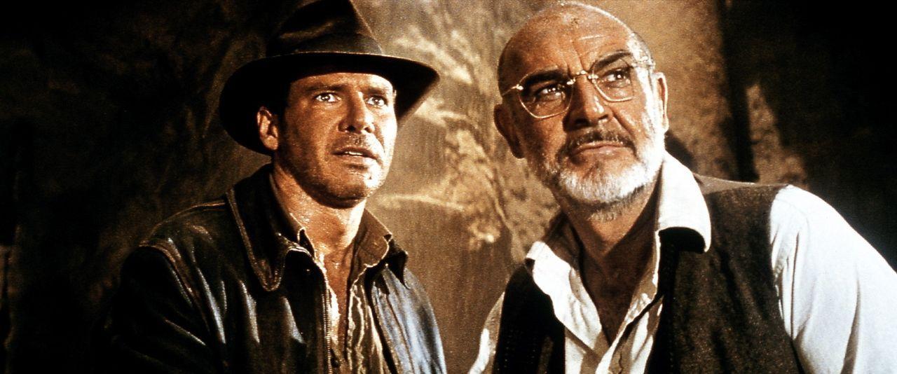 Gemeinsam machen sich Junior (Harrison Ford, l.) und Henry (Sean Connery, r.) auf die Suche nach dem heiligen Gral. Doch Nazis, Verräter, ein Gehei... - Bildquelle: Paramount Pictures