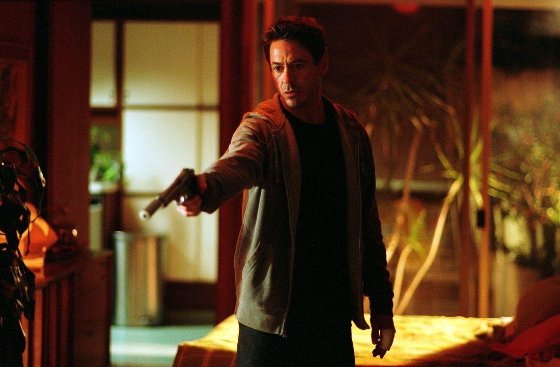 Als dem Kleinkriminellen Harry Lockhart (Robert Downey Jr.) eine Filmrolle als Detektiv angeboten wird, soll er sich, um sich auf seinen Auftritt vo... - Bildquelle: 2015   Warner Brothers