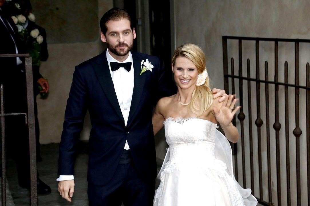 Hochzeit-Tomaso-Trussardi-Michelle-Hunziker-14-10-10-dpa - Bildquelle: dpa