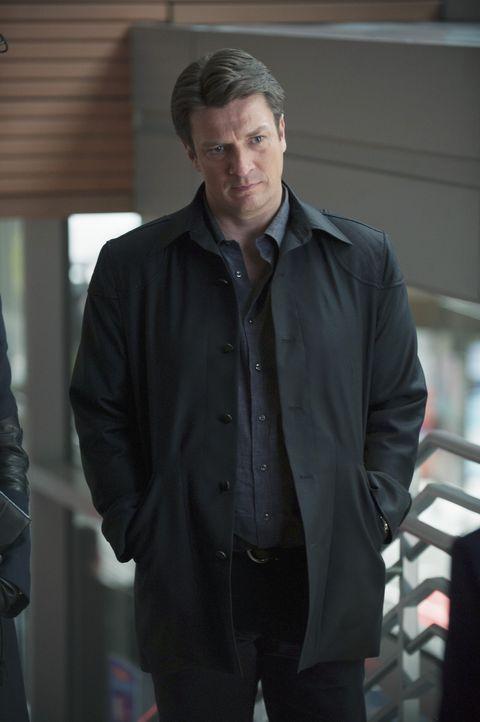 Nachdem Castle (Nathan Fillion) nicht mehr für die Polizei und an der Seite von Beckett arbeiten darf, besorgt er sich eine Privatdetektivlizenz in... - Bildquelle: ABC Studios