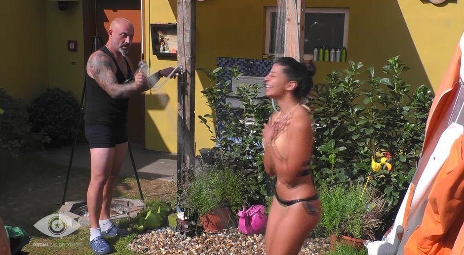 Nackt benetatou Eva Benetatou: