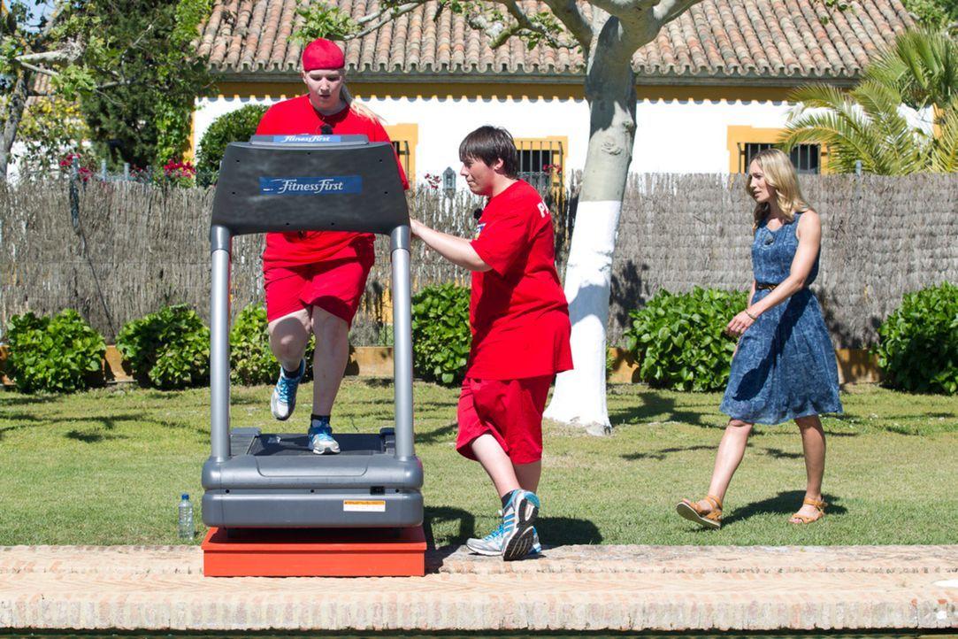 Kann Christine Theiss, r. Laura , l. und Patrick, M. motivieren, die Challenge doch noch zu gewinnen? - Bildquelle: Enrique Cano SAT.1