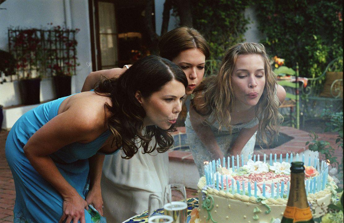Ein gutes Team: Die Schwestern Maggie (Lauren Graham, l.), Milly (Mandy Moore, M.) und Mae (Piper Perabo, r.) ... - Bildquelle: Warner Brothers