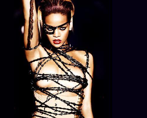 Galerie: Rihanna - Beauty aus Barbados - Bildquelle: Ellen von Unwerth - Universal Music