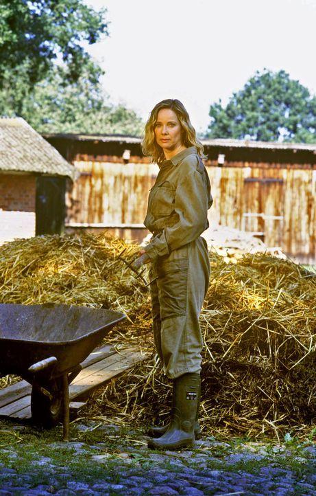 Das hätte sich Großstädterin Maria-Luise (Ann-Kathrin Kramer) nie vorstellen können, dass sie sich einmal mit Leib und Seele der Landwirtschaft vers... - Bildquelle: Sat.1