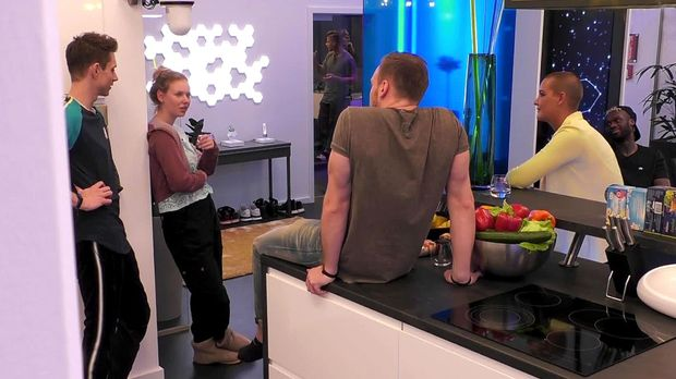 Big Brother - Big Brother - Folge 14: Philipp Verheimlicht Seine Romanze Mit Michelle Vor Rebecca